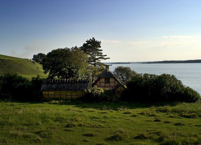 west-zealand-bramsnaes-vig-lammefjorden-dejligheden-old-farm-house-sea-view-fields-nature-small