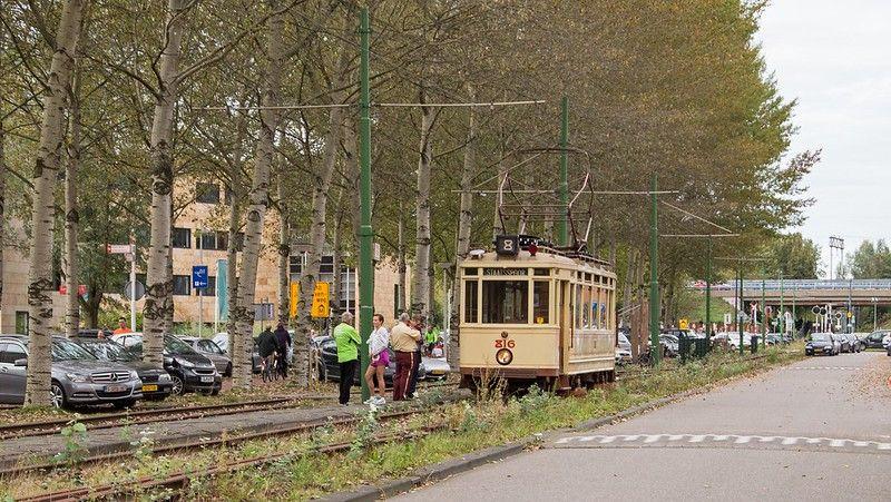 Amsterdam Buitenveldert Electrische Museumtramlijn en  tram 816