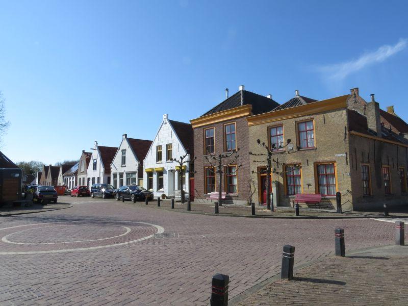 Breedveld Zonnemaire, binnenkomst dorp vanaf de Oostweg