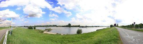 River Lek panorama
