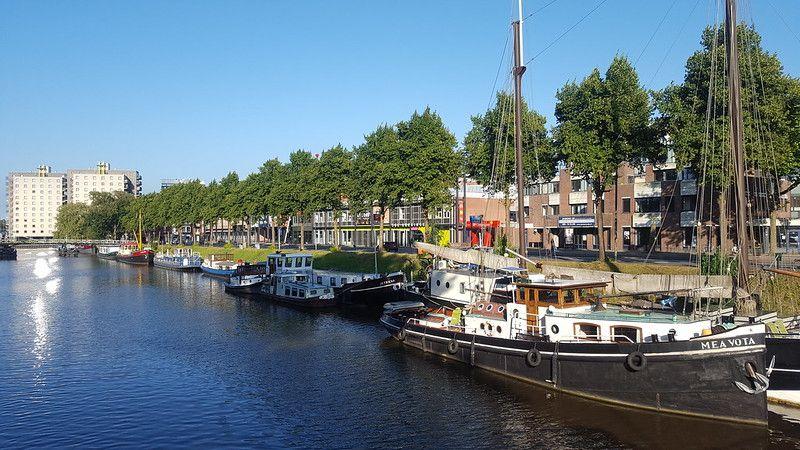 Verbindingskanaal and Trompsingel (Groningen)