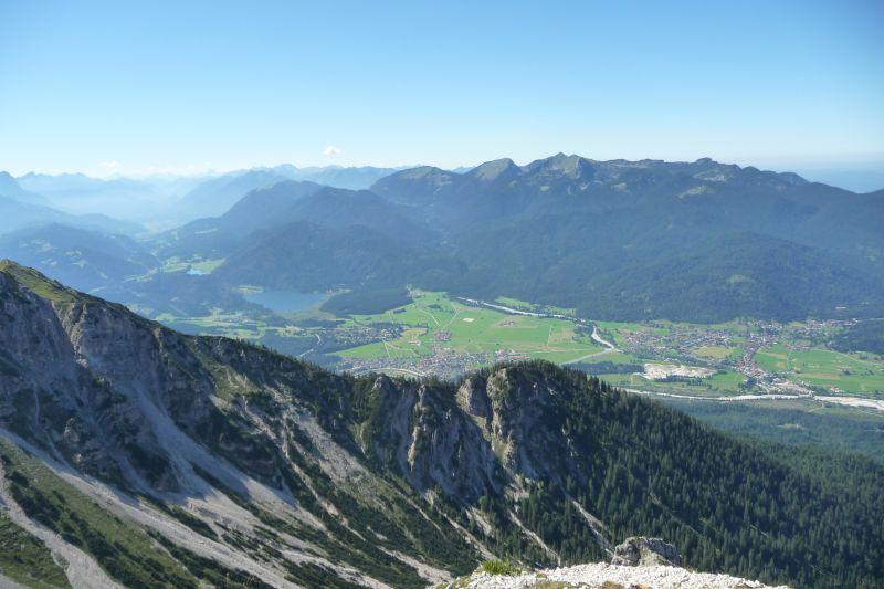 Alpenwelt Karwendel - Ausblick auf Krün&Wallgau_2_4362