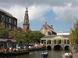 Nieuwe Rijn bij Koornbeursbrug, Leiden