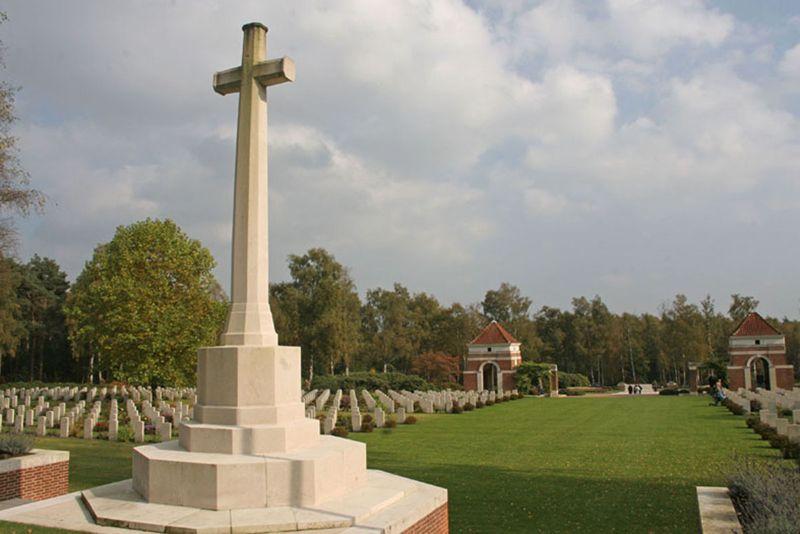 Salland Canadese oorlogsbegraafplaats