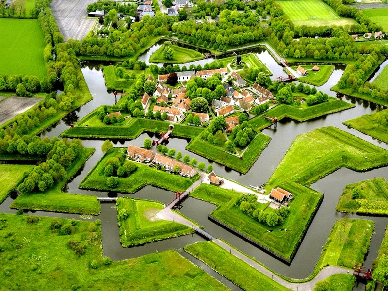 In search of historical traces around Bourtange