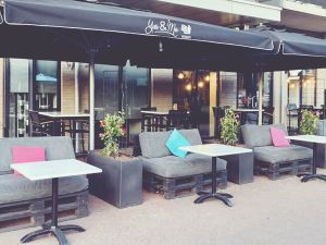 Brasserie & Ijssalon You & Me