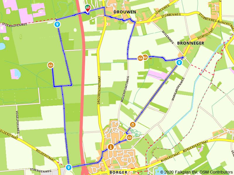 Wandelen langs hunebedden in Drenthe